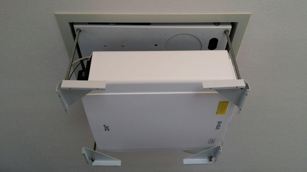 DLA-X570 設置画像9