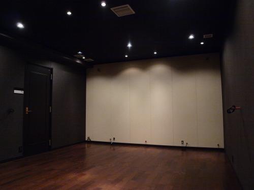 ホームシアターインストーラーの仕事153~地下シアター①基礎調音工事完了