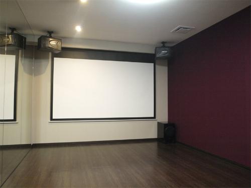 ホームシアターインストーラーの仕事218~ダンス練習室xホームシアター