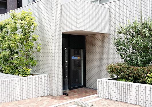 「ホームシアター工房 東京二番町ショールーム」入口です。