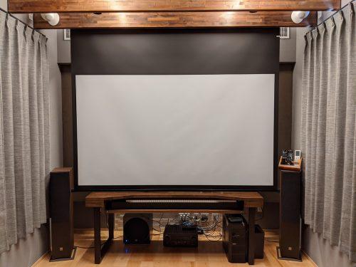 音楽スタジオとホームシアターを共存させた拘りの専用室