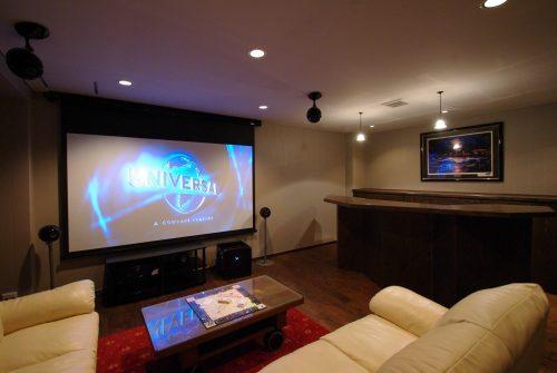 既存住宅内の娯楽ルームを本格的シアターシステムにリニューアル